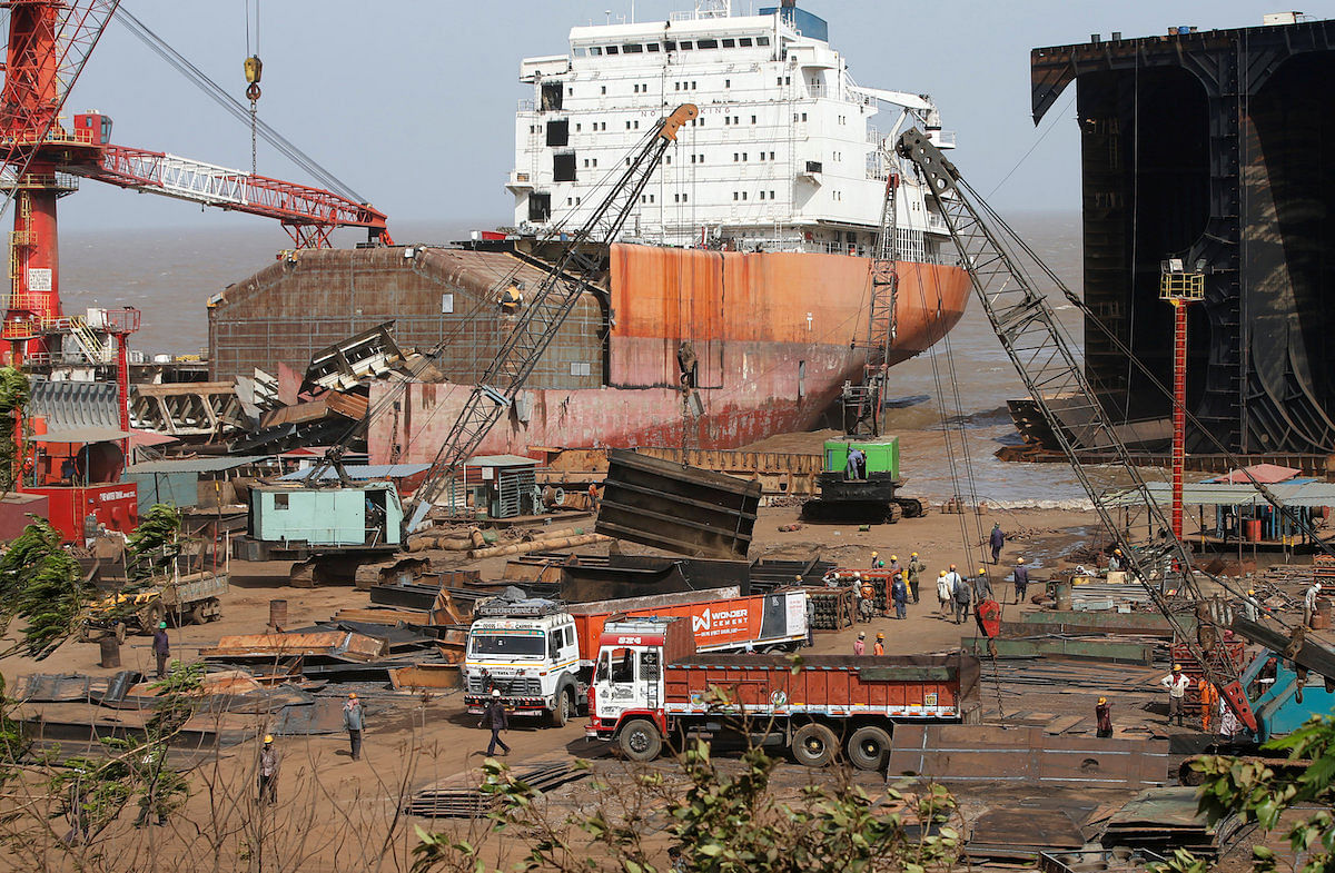 Transporters Strike Hits Ship Recycling Yards in Alang