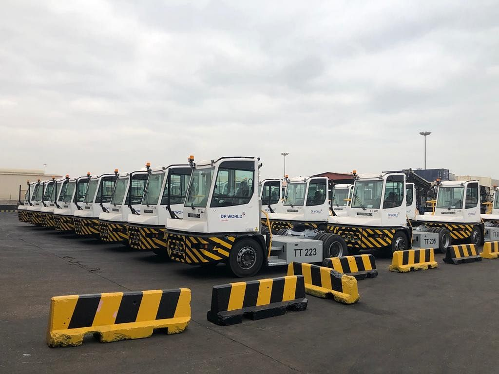 DP World Luanda Gets Tractors for Terminal at Port of Luanda