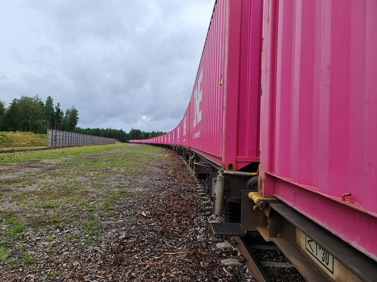 Port of Gothenburg Boosts Forest Product Exports with Rail Shuttle