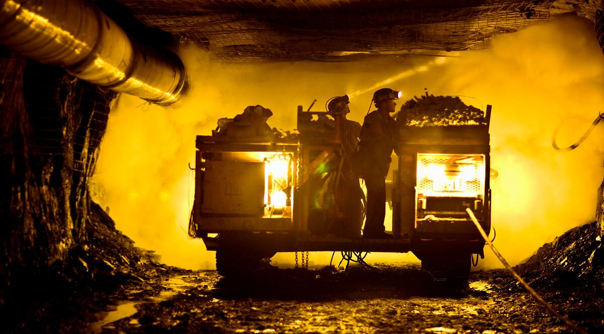 Nokia & AngloGold Ashanti Colombia Test 5G in Underground Mining