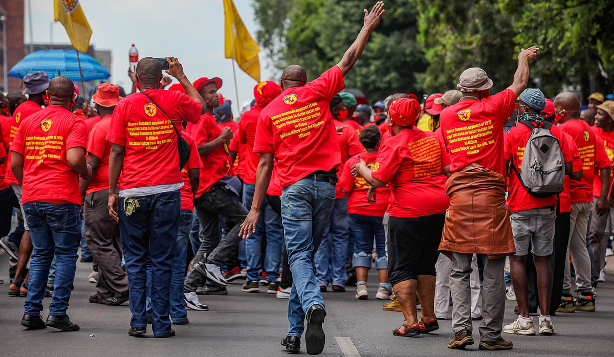 Workers Strike to Hit South African Steel Sector on 5 October