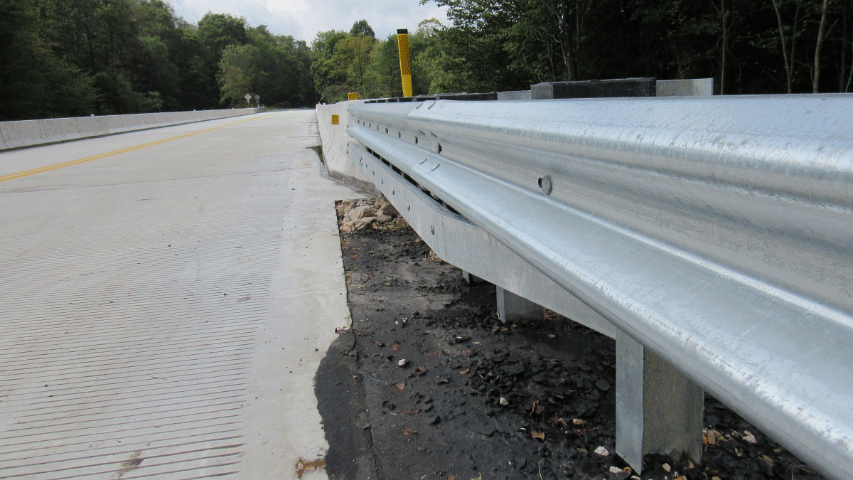 Guard Rails Mandate Increases Steel Usages in Road Construction