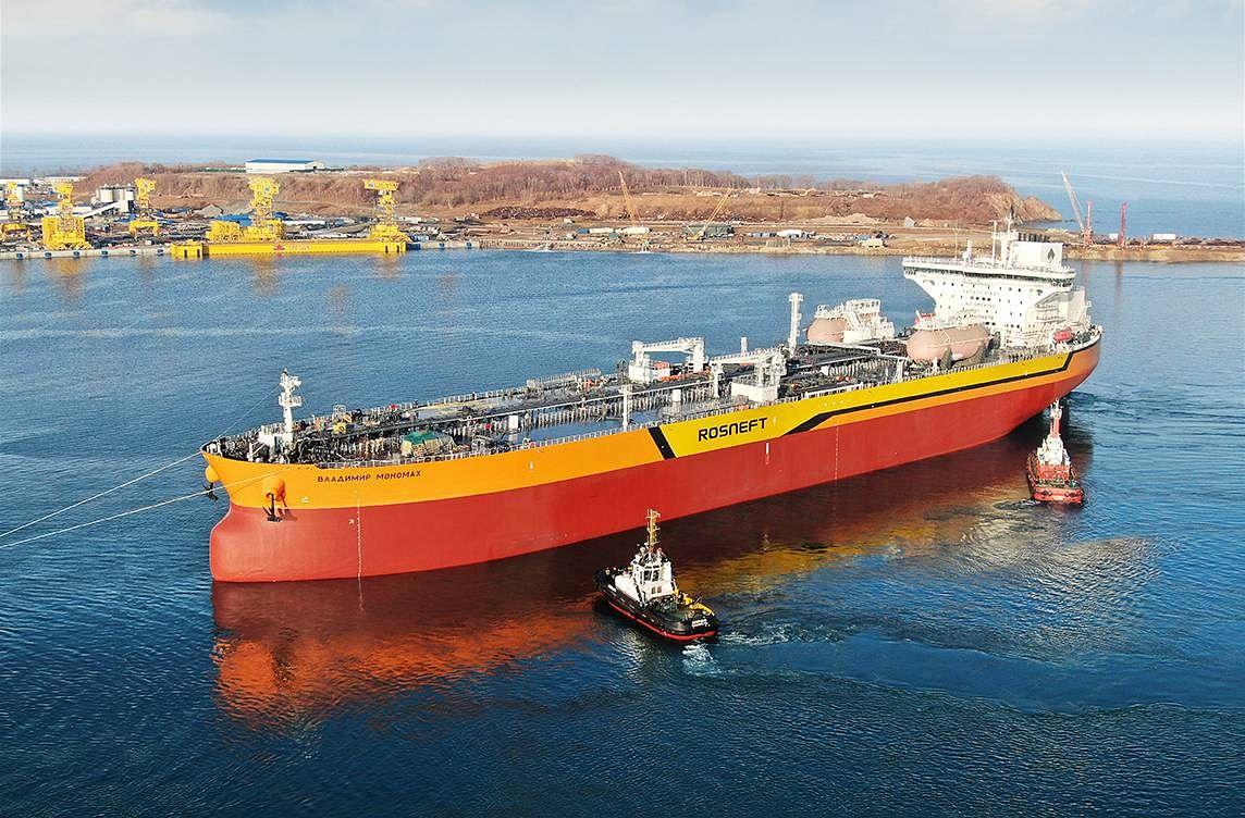 Zvezda Shipyard Launches the Second Aframax Tanker