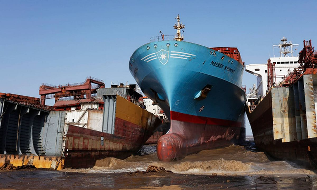 Cargo Vessels Scrapping Surges in H1 of 2021