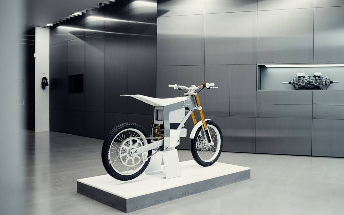 Polestar Reveals Electric Bike in Collaboration with CAKE