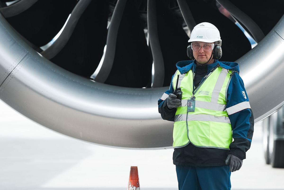 Gazprom Neft & Aeroflot to Develop Green Aviation Fuel