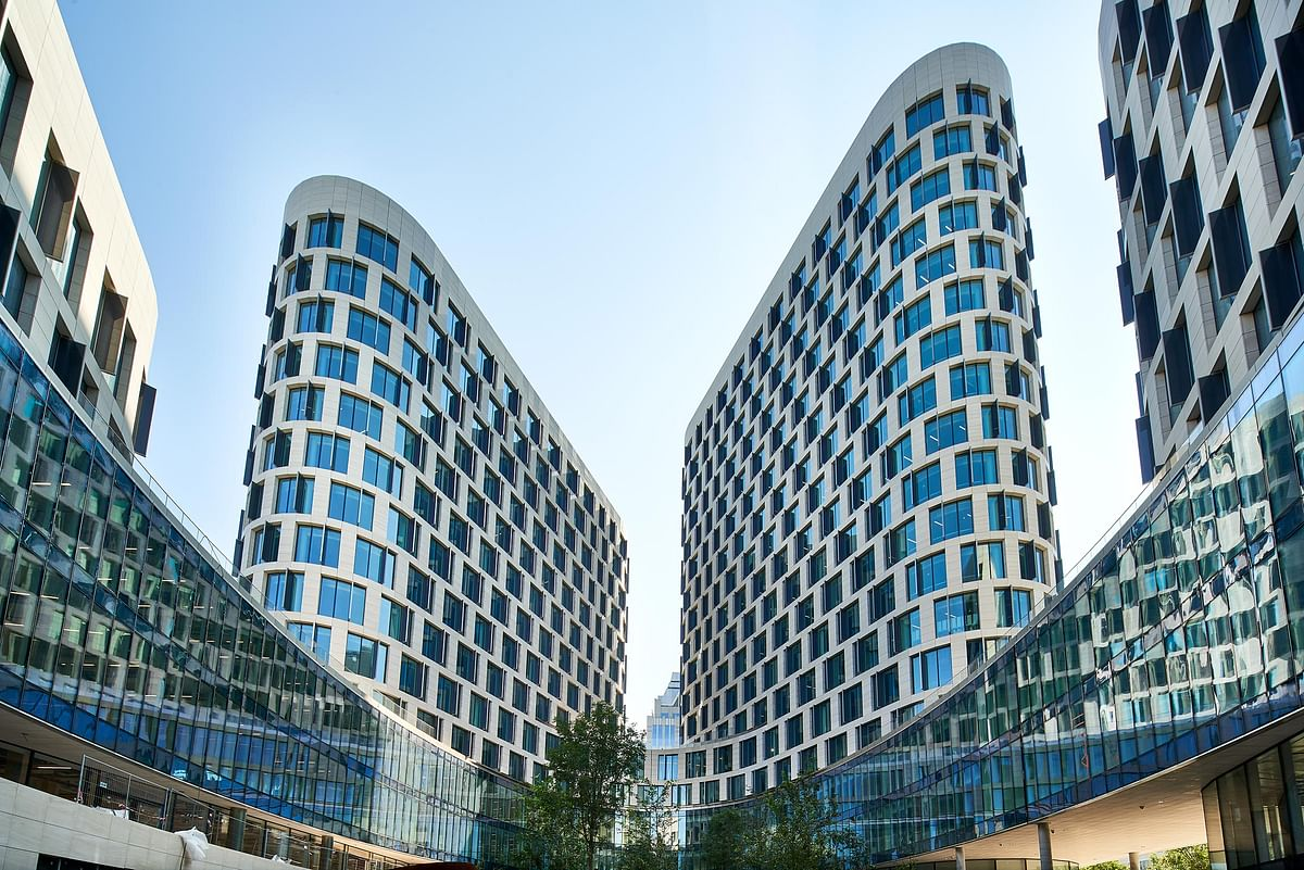 Quatuor Building in Quartier Nord in Brussels Completed
