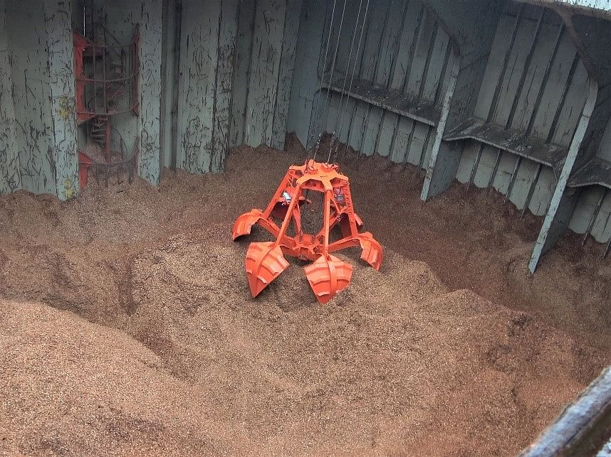 NYK Demonstrates Automatic Wood-Chip Discharging Operations