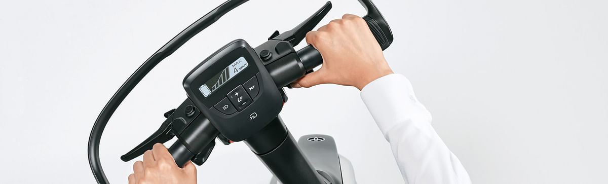 Toyota Launches C+walk T in Japan