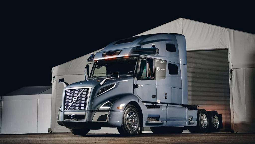 Volvo Reveals prototype Autonomous Truck for North America