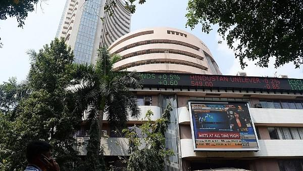 Stock Markets Slump As RBI Keeps Key Lending Rates Unchanged And Lowers Growth Forecast
