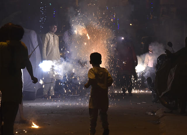 Delhi Police Cracks Down On Bursting Crackers, Arrests 55 And Seizes 638 Kg Of Fireworks
