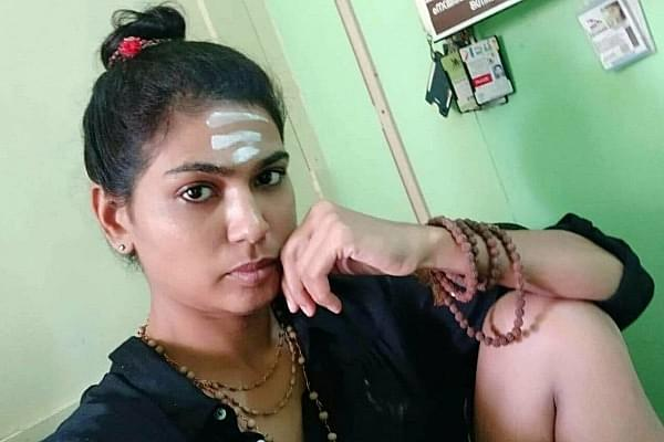 Activist Rehana Fathima Who Tried To Enter Sabarimala Now Expelled By Muslim Jama'ath For 'Insulting Hindus'