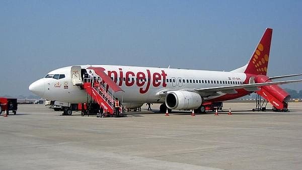 SpiceJet Flies To The Rescue: Hires 500 Former Jet Employees, Including 100 Pilots; Open To Recruiting More