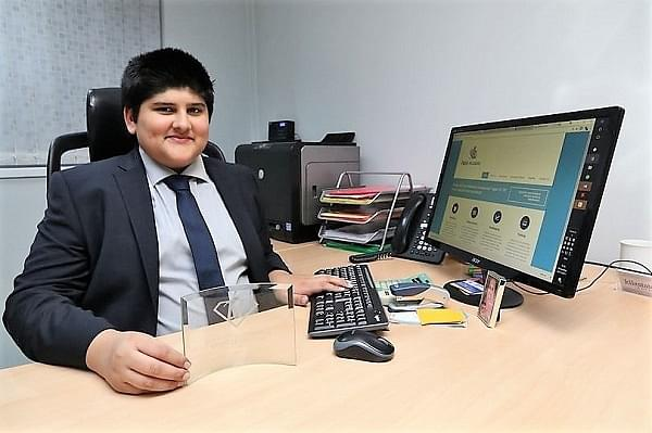 15-Year-Old British Indian Boy Becomes UK's Youngest Accountant; Wants To Be Millionaire By 25