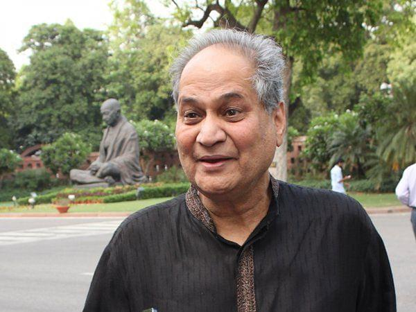 Rahul Bajaj To Step Down As Chairperson Of Bajaj Finance; Son Sanjiv To Take Over From 1 August