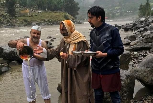 In Pictures: Sharda Puja Performed By Indians Near  LoC With PoK 'For The First Time Since Partition'