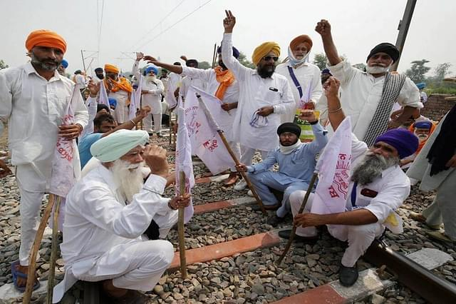 Farmer Protests Causing Heavy Loss To Railways As Agitation Continues At 32 Places In Punjab