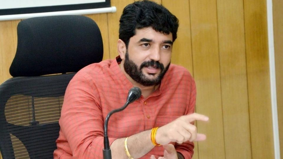 Pune: Complete lockdown not necessary, says Mayor
