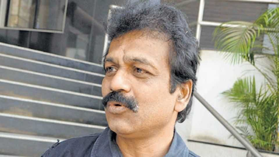 Pune Police to attach properties of proclaimed absconder RTI activist Ravindra Barhate