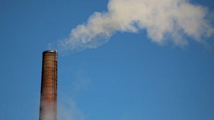 Urban air pollution may make COVID-19 more severe