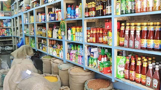 Know why traders are miffed with PMC's diktat of 7 pm shop closure timing