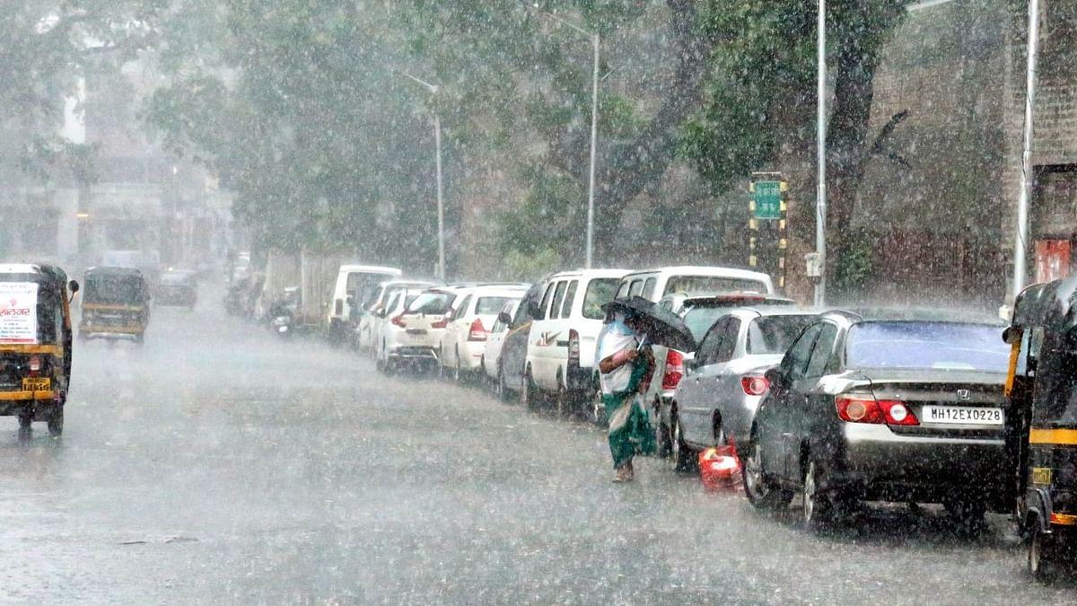 Maharashtra to expect heavy rains; Pune, Ratnagiri on orange alert