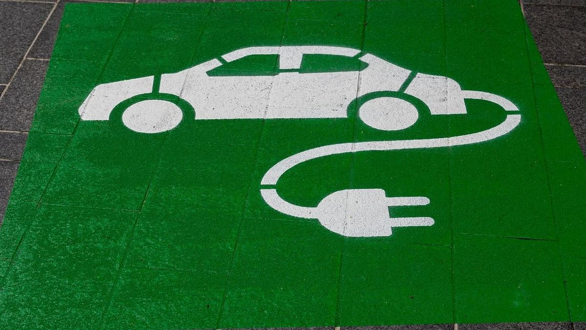 Pune: Read why charging electric vehicles in the city will now become easier