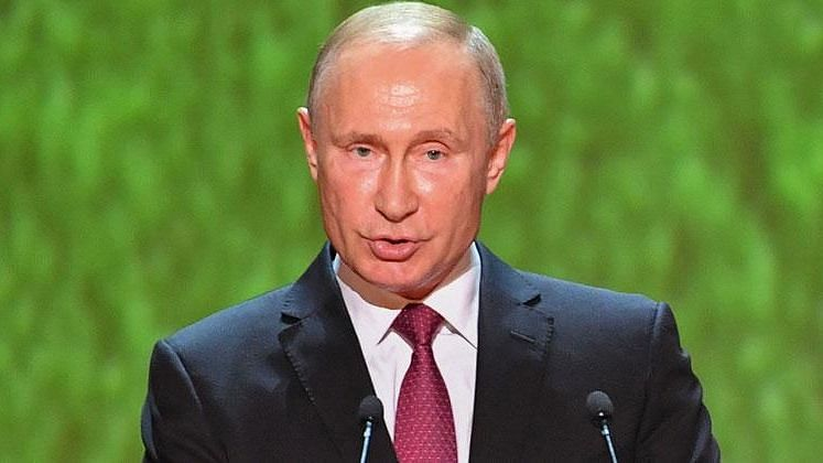 Vladimir Putin refuses to recognise Joe Biden as President of USA