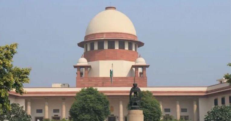SC judge saves himself from hearing plea against CM Y.S. Jaganmohan Reddy