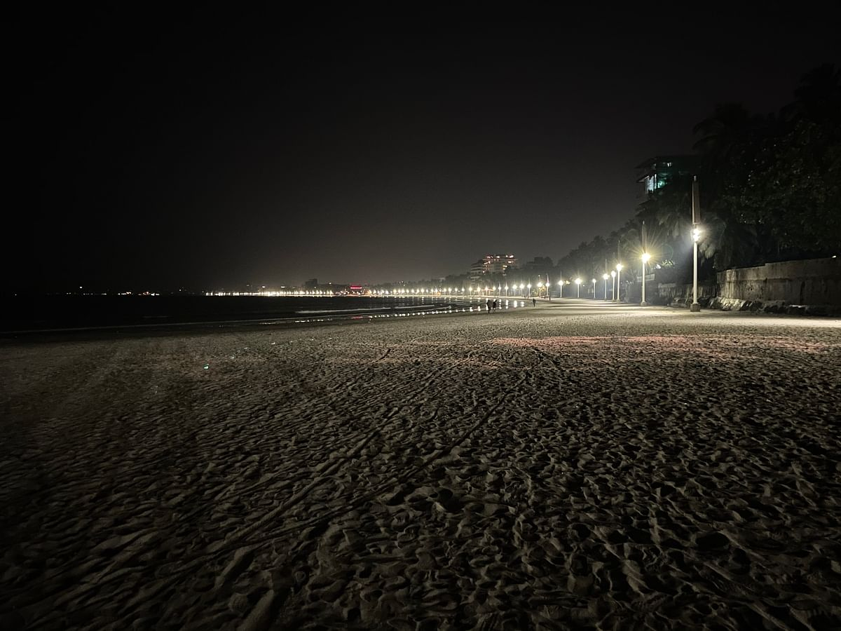 iPhone 12 Mini's night time photography is as good as the iPhone 12.