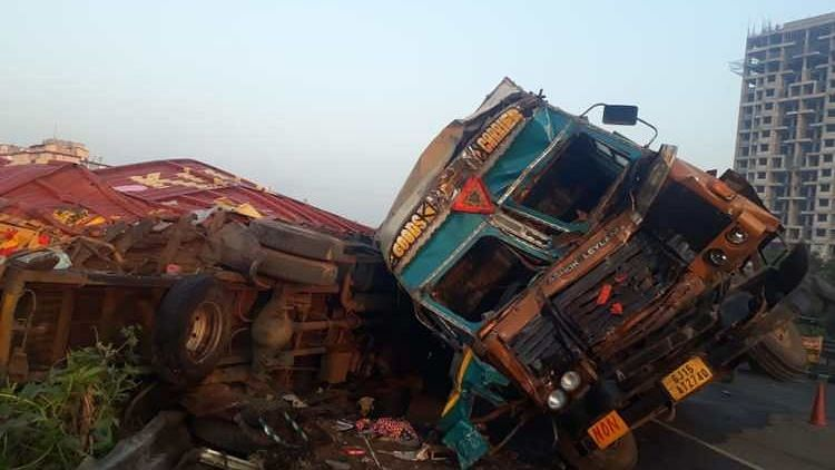 Pune: Three dead, several injured in two separate accidents