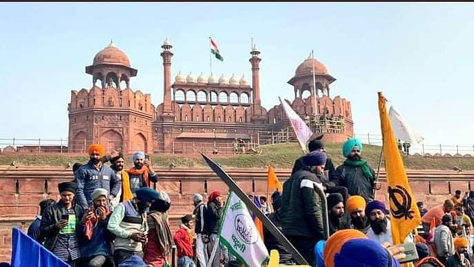 Protesters entered Red Fort to protest against Farm Laws