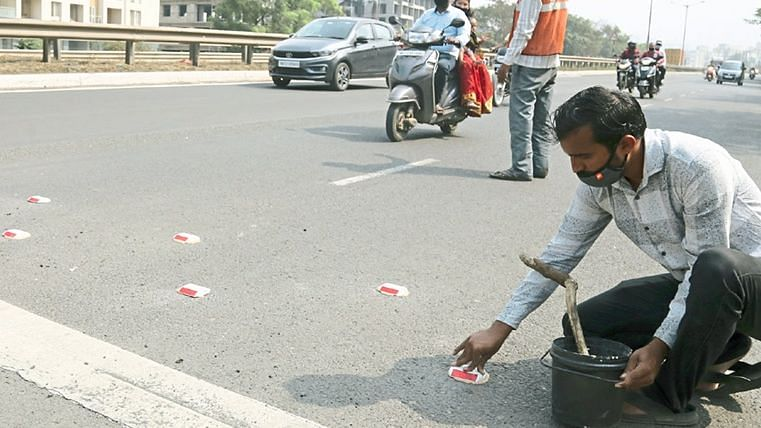 Pune: Over 1,000 stud lights, speed limit panels installed at this 'accident hotspot'