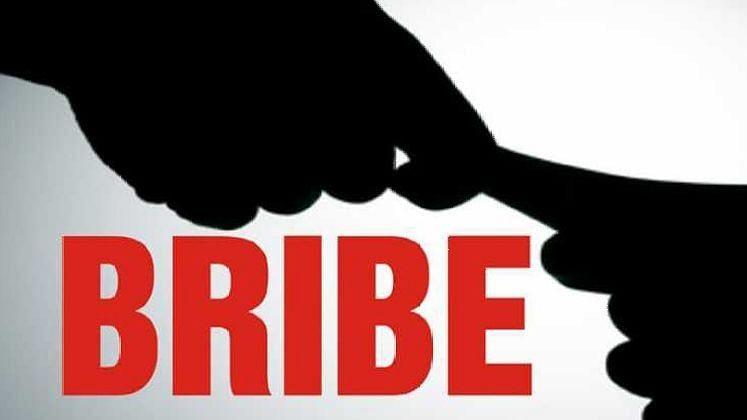 Private agent arrested from Pimpri Chinchwad RTO for demanding bribe