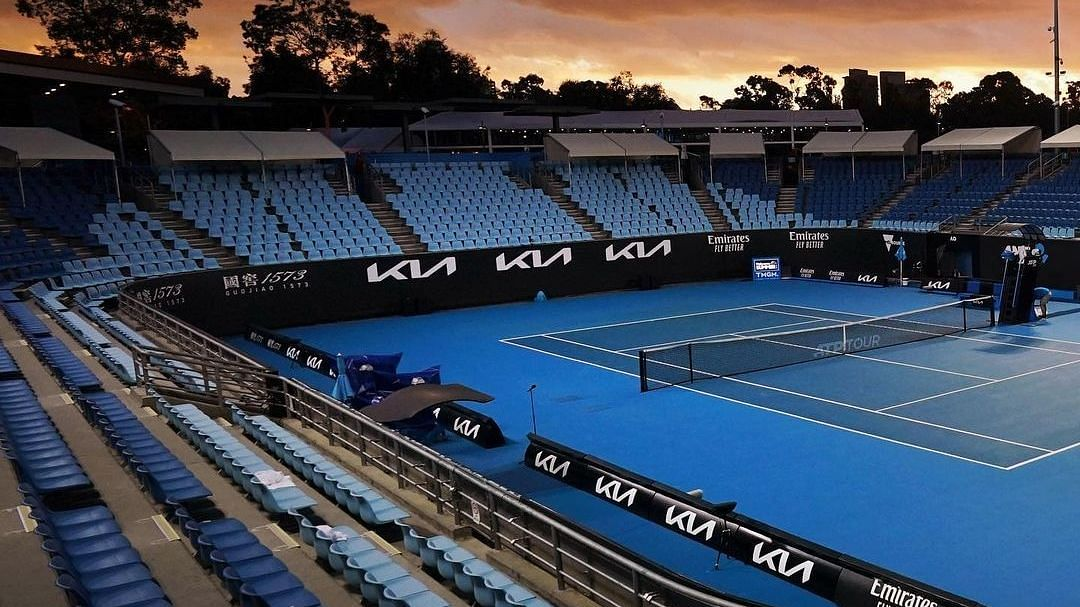 Australian Open to continue without fans despite Melbourne lockdown