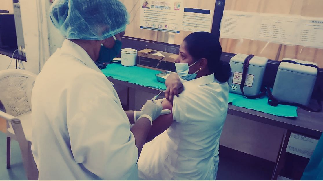 Maharashtra: 29,884 healthcare and frontline workers inoculated on the first day of second round