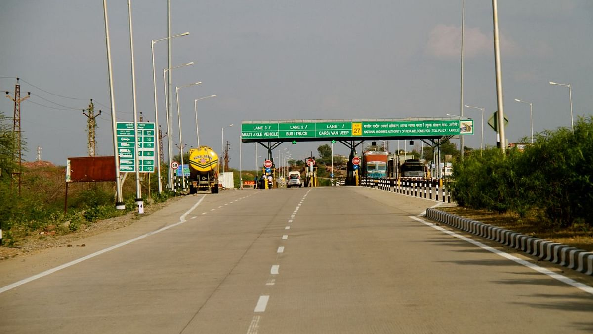Fake toll receipts racket busted on Pune-Bengaluru Highway; six arrested