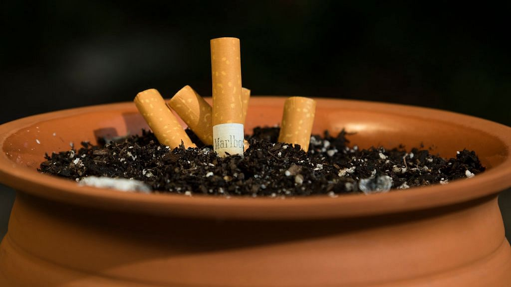 No sale of tobacco to those below age of 21 in this state; hookah bars banned too
