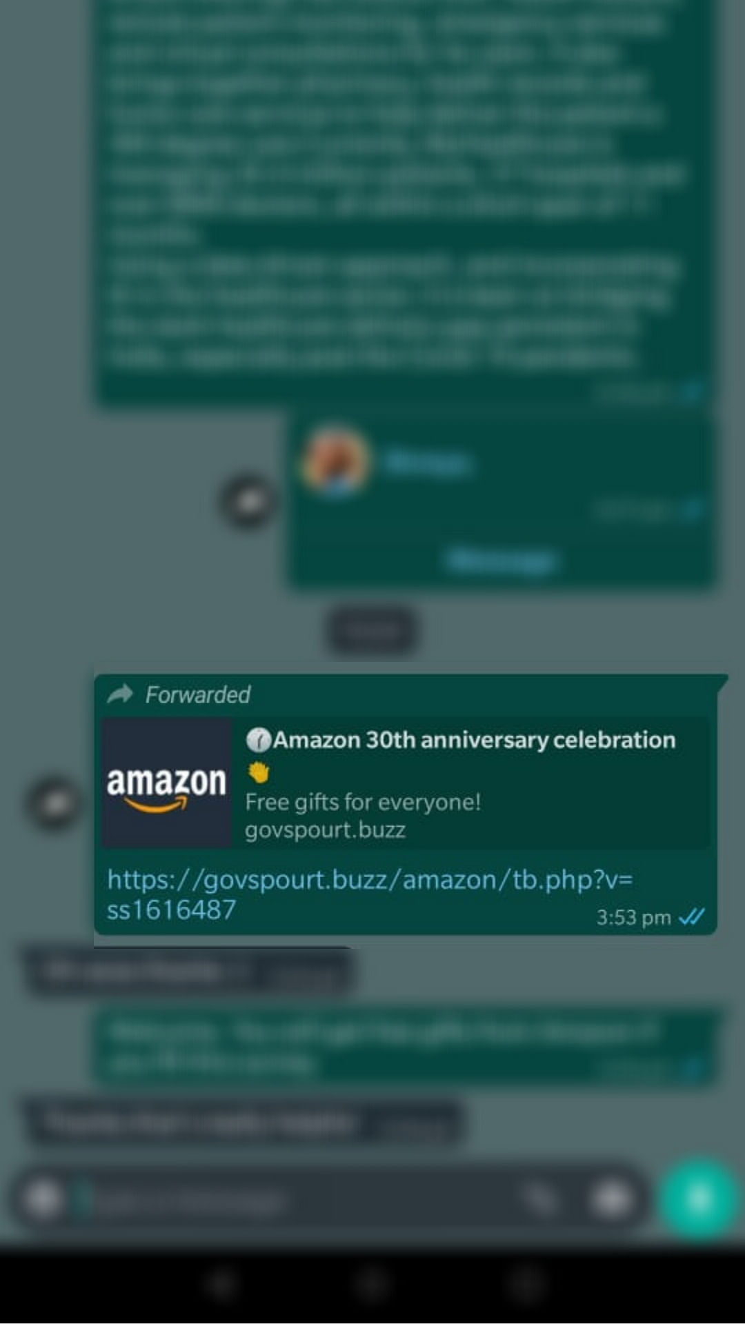 Forward message that claims that Amazon is giving free gifts to users on its 30th anniversary.