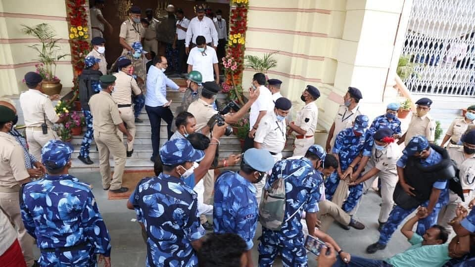 Bihar Assembly: RJD MLAs create ruckus, stage protest over police bill