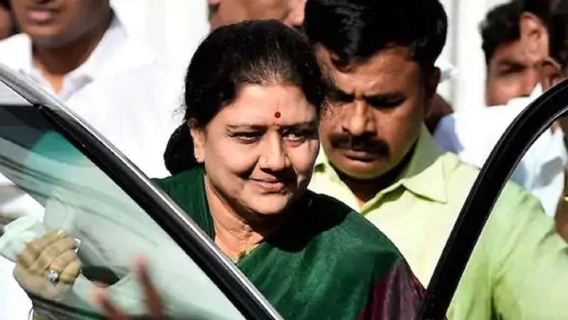 Tamil Nadu assembly elections: Sasikala may re-enter politics if AIADMK bites dust