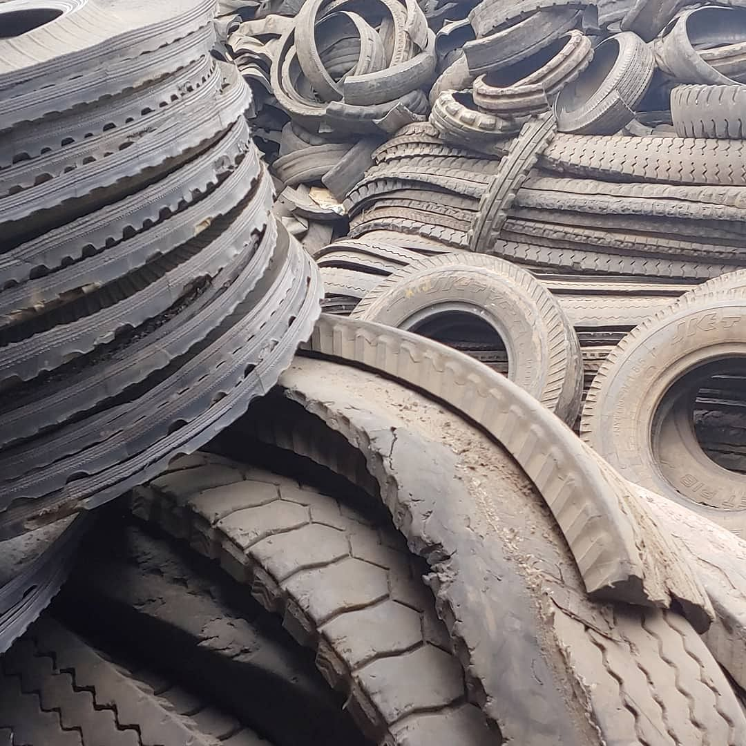 Discarded tires used by Nemital