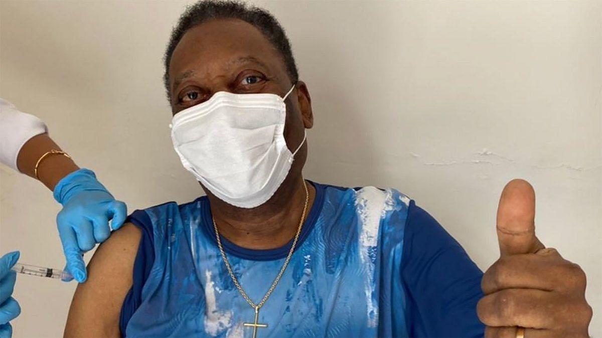 COVID-19 vaccine: Brazil legend Pele receives the first jab