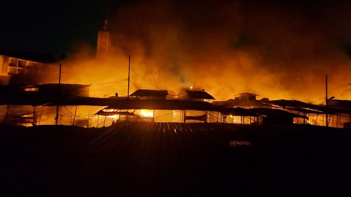 Massive fire broke out at Pune's Fashion Street on Friday