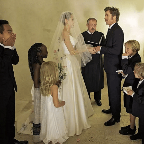 Angelina Jolie and Brad Pitt at their Wedding  ceremony  French chateau along with their kids in 2014