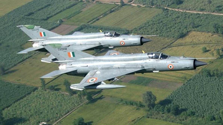 IAF Group Captain killed in MiG-21 crash