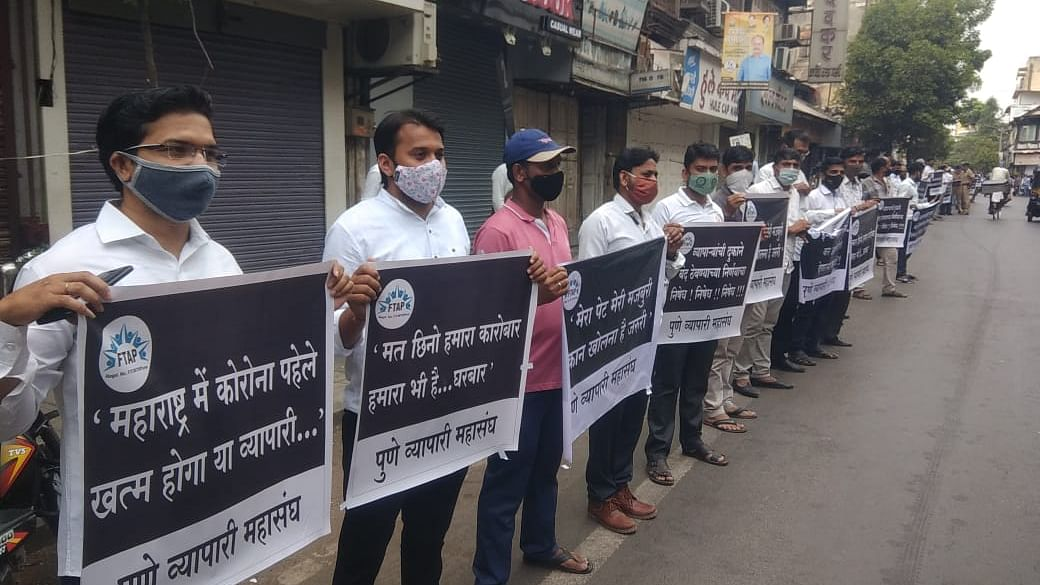 Pune: Traders booked by police for flouting norms at protest against restrictions