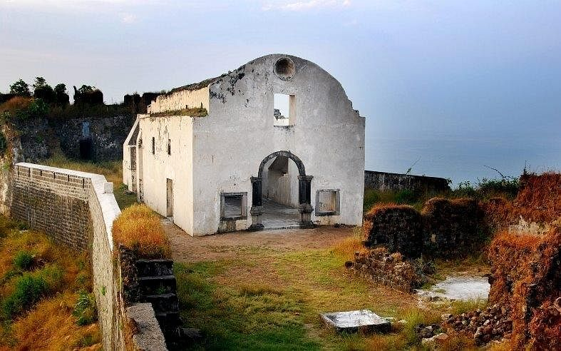 The Chruch which established Christianity in Korlai.