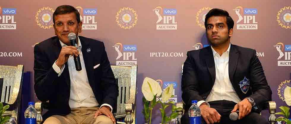 Yuvraj goes unsold, Unadkat millionaire again at IPL auction